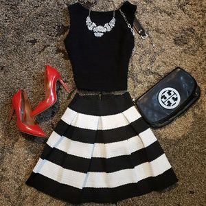 ⭐NWOT⭐ Honey Punch - Black&White Skirt